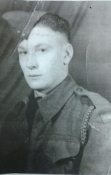 Robert Harmon Halliday - Royal Winnipeg Rifles - K/A July 4, 1944